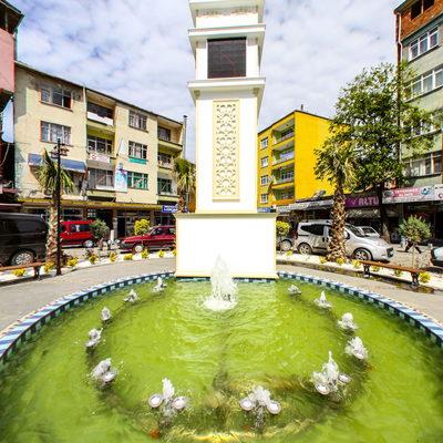 Salıpazarı Meydanı - Havuz
