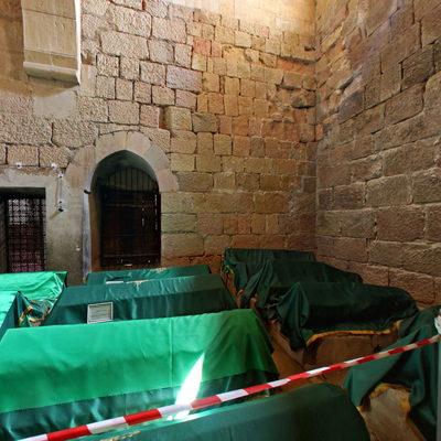 Sivas Divriği Ulu Cami - Mezarlar
