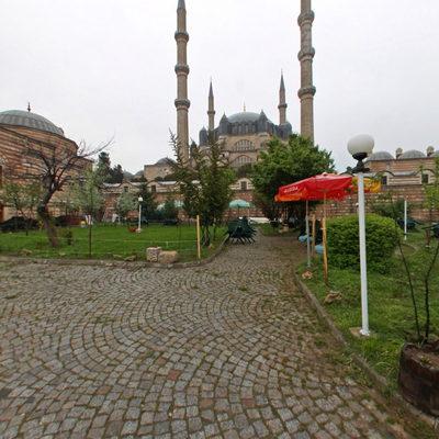 Selimiye Cami - Dış Sol