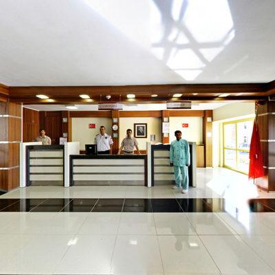 Dr. İ.Şevki Atasagun Fizik Tedavi Hastanesi 4