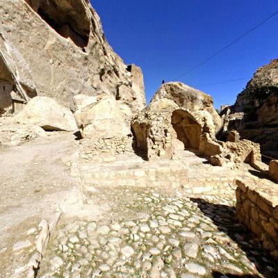 Hasankeyf - Mağaralar - Ön Taraf
