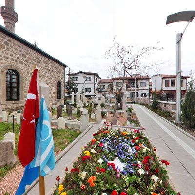Muhsin Yazıcıoğlu Mezarı