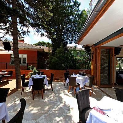 Nart Cafe 3