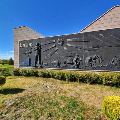 Jandarma Şehitleri Anıtı - 3