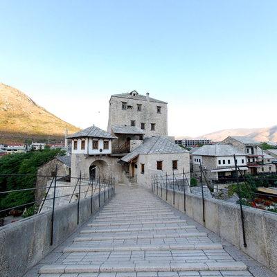 Mostar Köprüsü - Üstü