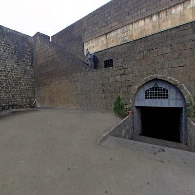 Diyarbakır Surları - Kale İçi Girişi
